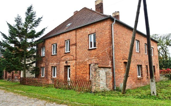 Mehrfamilienhaus mit Nebengelass  bei Wriezen